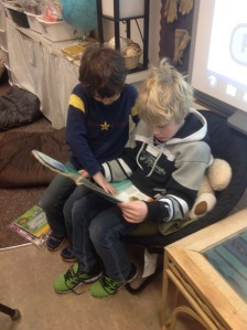 Grade 3's Reading to Others